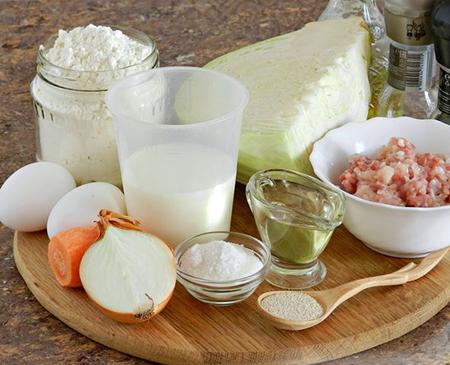 Ингредиенты пирога с капустой и мясом