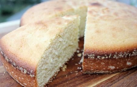 Сметанный пирог в разрезе
