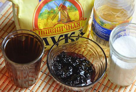 Ингредиенты пирога с вареньем