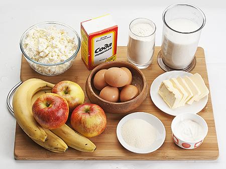 Ингредиенты яблочно-бананового пирога