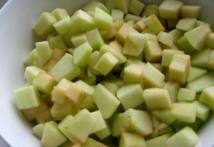 яблоки надо нарезать