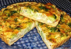 Куриный пирог с сыром и зеленью