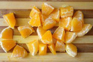 Порезать апельсин ломтиками