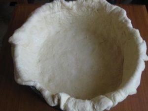 Тесто в форме