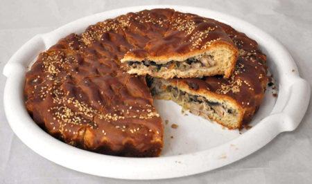 Пирог на тарелке