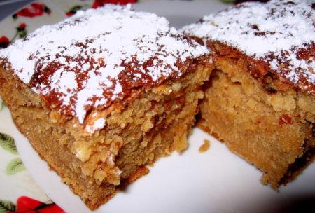Кусочки готового пирога